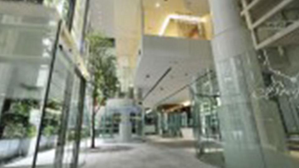 海耶克商业大楼(Nicolas G. Hayek Center)